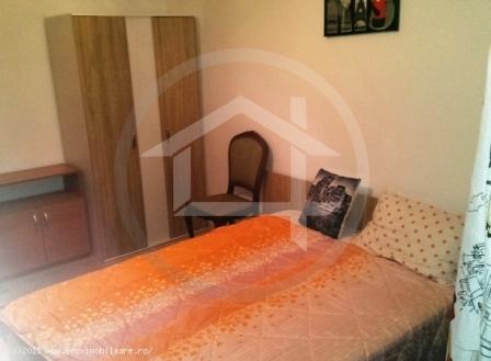 3 camere Romancierilor