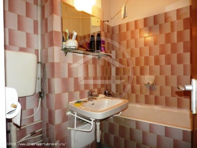 Baie apartament 4 camere Drumul Taberei, Timisoara