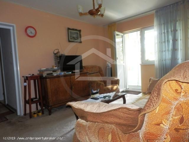 Sufragerie apartament 4 camere Drumul Taberei, Tim