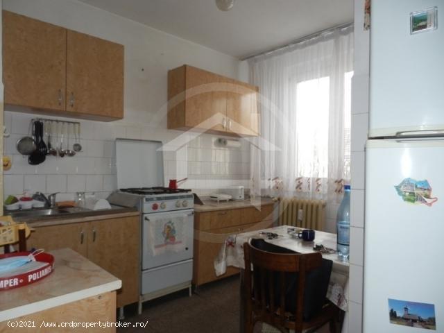 Vanzare apartament cu 2 camere, Drumul Taberei/Val