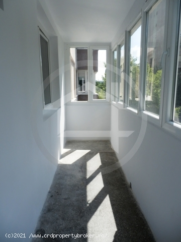 Vanzare apartament 2 camere, Raul Doamnei
